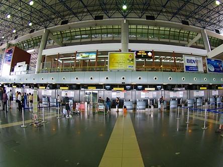 Dịch vụ xe đón tiễn sân bay Nội Bài chuyên nghiệp, chu đáo