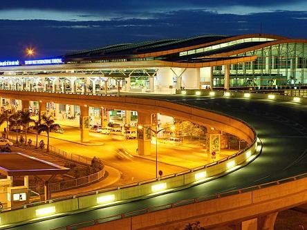Dịch vụ xe đón tiễn sân bay Tân Sơn Nhất uy tín