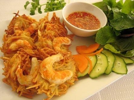 Bánh tôm hồ Tây - món ngon đậm chất người Hà Nội