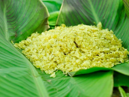 Cốm - món ăn vặt gắn liền với thu Hà Nội